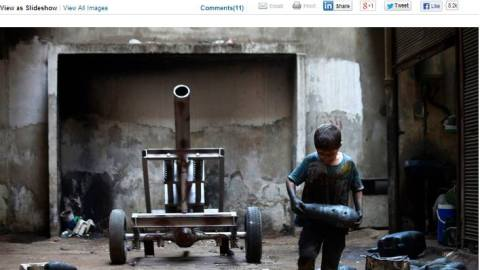 حميد خطيب: كاميرا تخرج من ركام الموت لتوثق الحرية والدمار