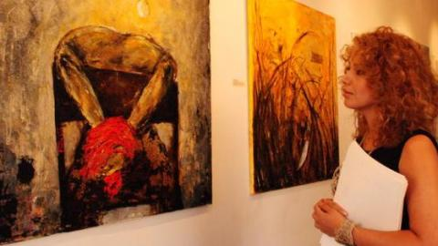 """Syrian Artist Fadia Affash: """"Art is not about technique, it's about courage"""""""