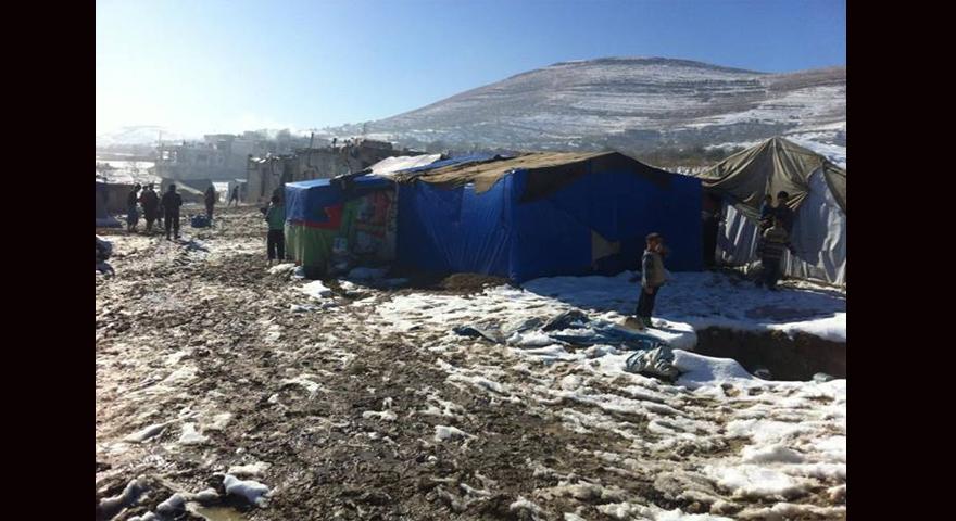 صورة من على الحدود السورية اللبنانية لمخيمات اللاجئين السوريين....المصدر: عدسة عاصم حمشو