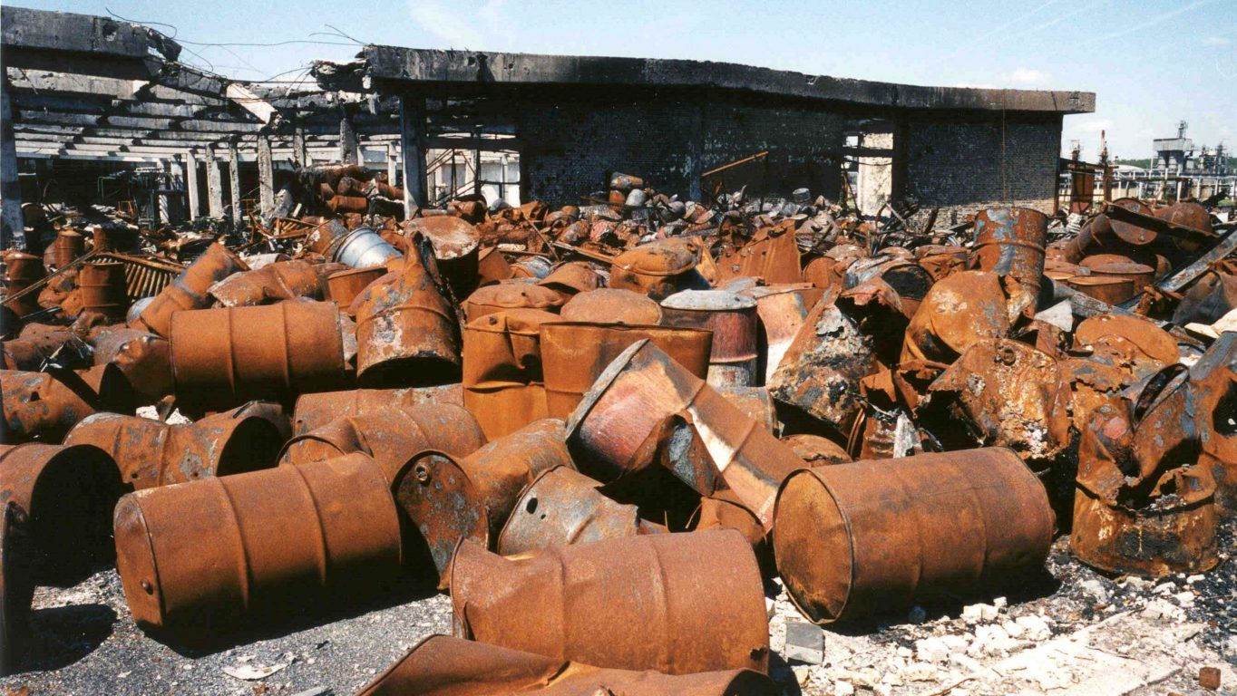 [Photo: Bomb damage at oil refinery, Novi Sad, Serbia - 8-5-2001 (UNEP)].