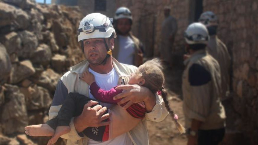 الدفاع المدني في إدلب.. صناعة الأمل